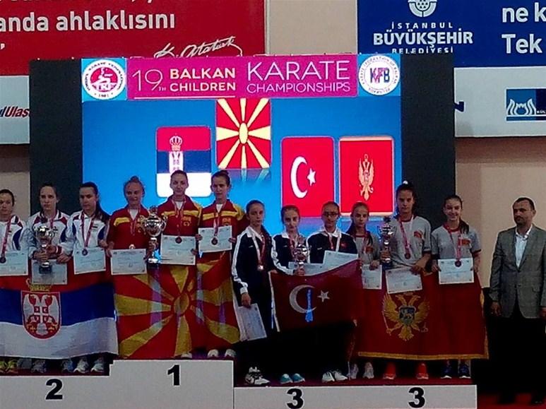 Balkan Karate Şampiyonası'ndan 4 Madalya...